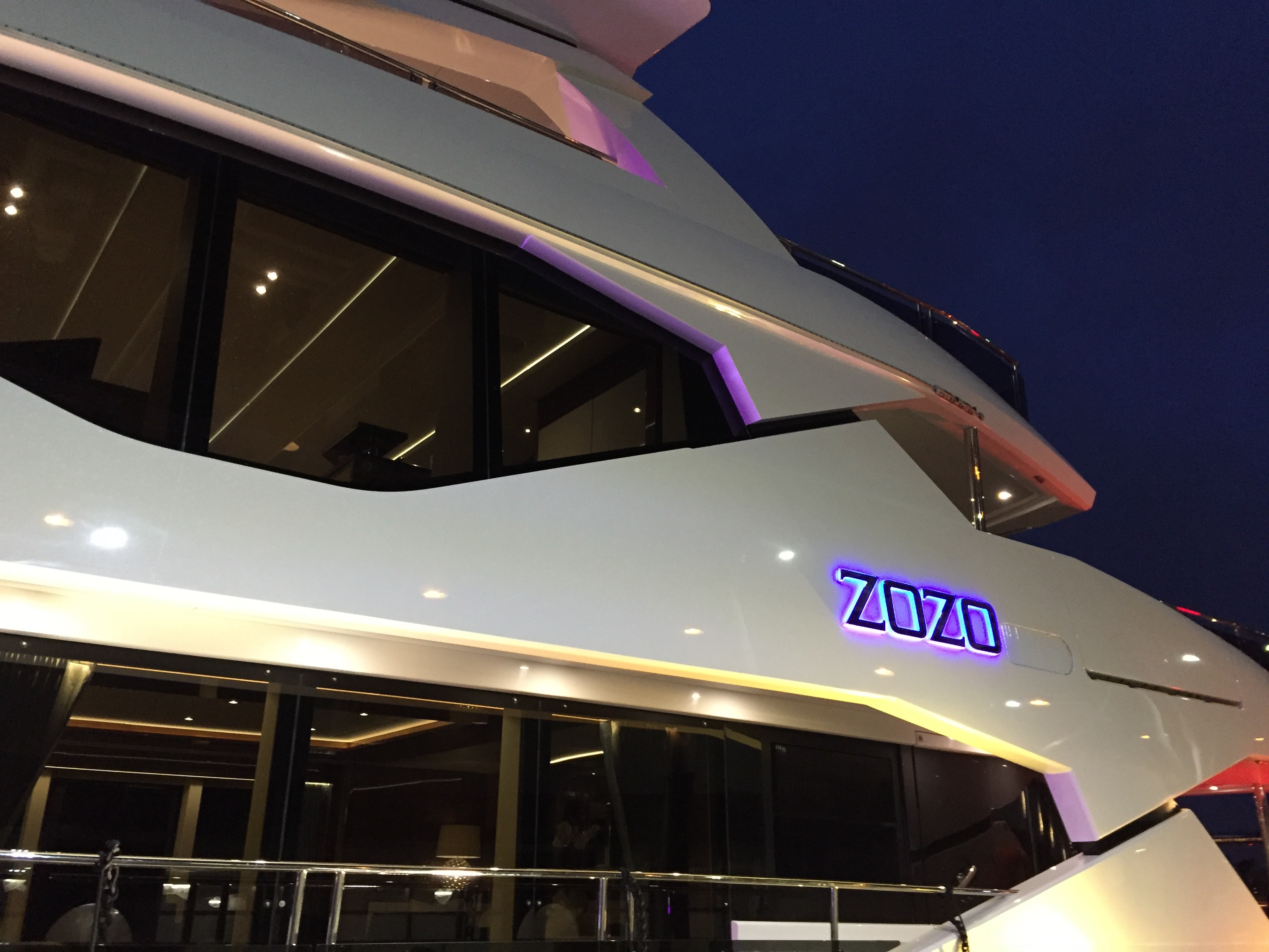 I Go Aboard The Fabulous Sunseeker SuperYacht – ZOZO!