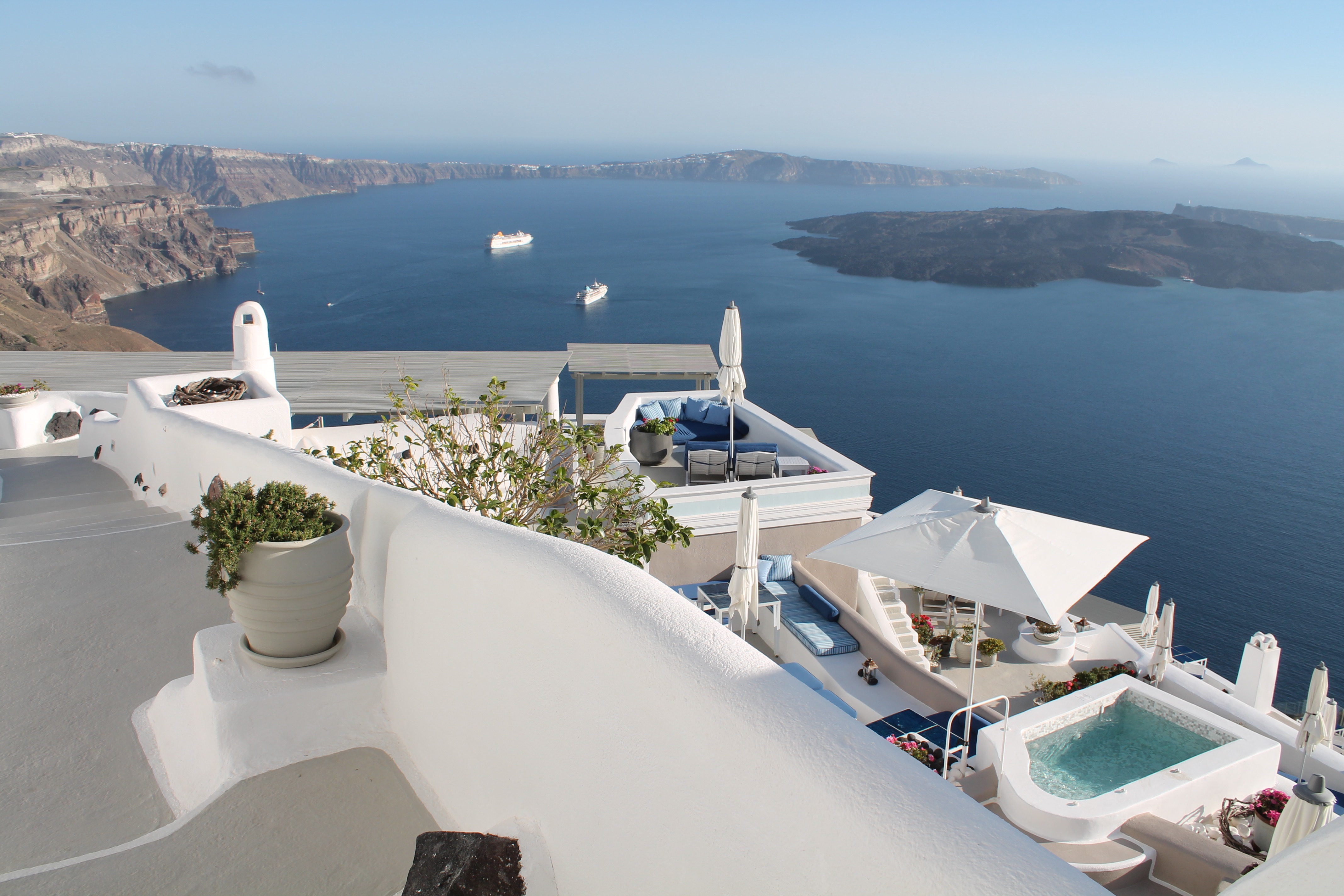 I Visit The Iconic Santorini Boutique Cave Hotel For An Official Review And I Am Blown Away!