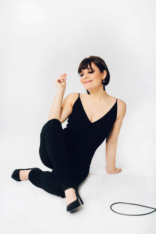 INTERVIEW: Aubrey Logan Of Postmodern Jukebox – 606 Club